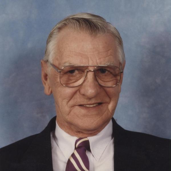 "Robert ""Bob"" E. MacInnis of Westford"
