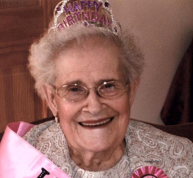 """Aurore """"Ora"""" M. (Laforge) Manahan, age 99, of N. Chelmsford, MA"""