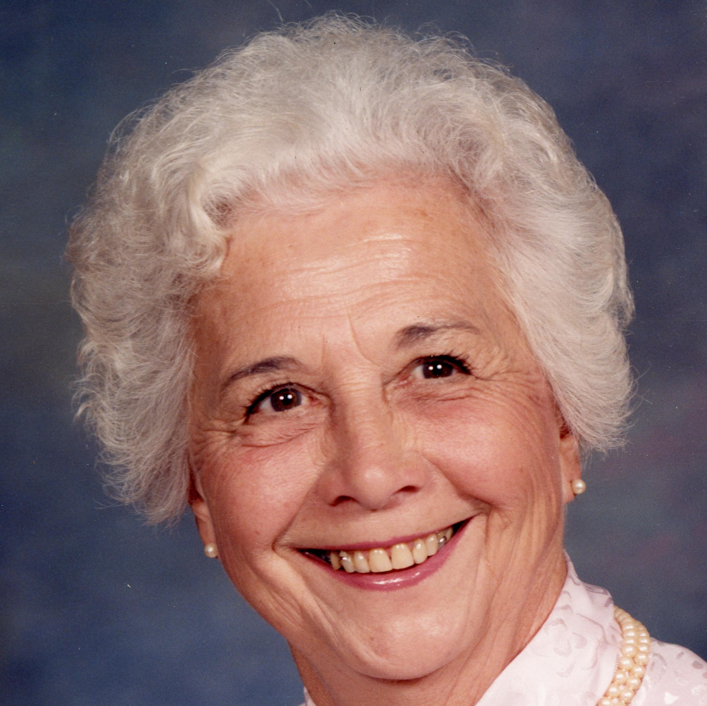 Evelyn L. (Redden) Metzler of Dunstable